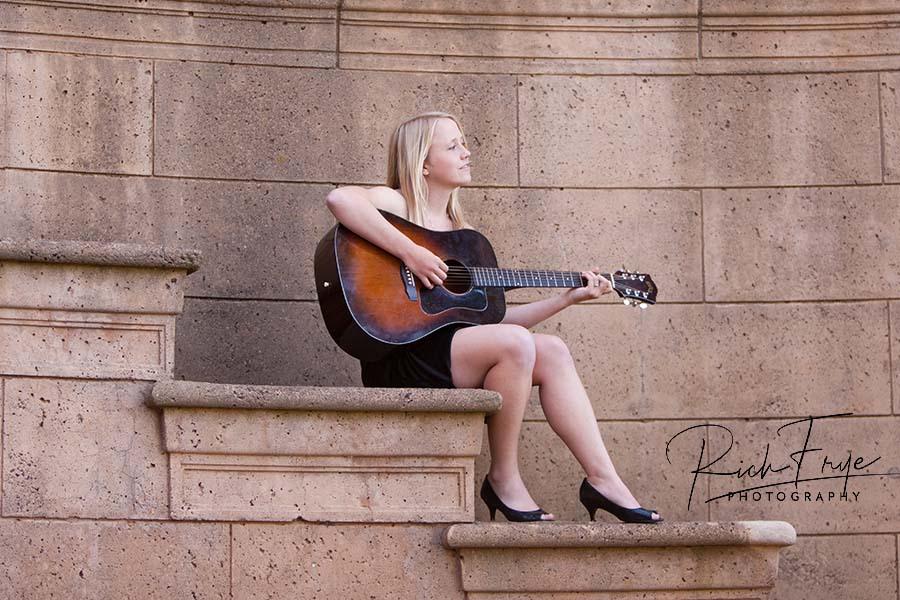 high-school-senior-portraits-guitar